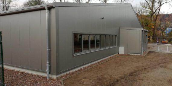 Blick auch die neue Tennishalle in Rudolstadt