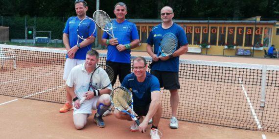 Die Mannschaft Herren 40 des Tc Rot-Weiß Rudolstadt