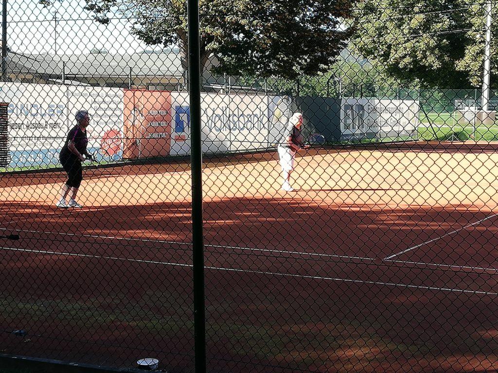 Die Damen Ü60 im Doppel beim TC Rot-Weiss Rudolstadt e.V.